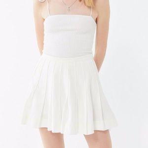 OU Mia Pleated Mini Skirt